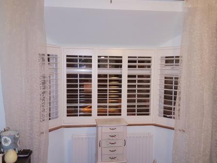 5 Panel Bay Window Shutter Open 9
