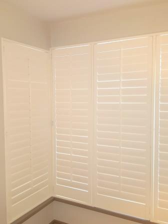 bay window shutters corner 4