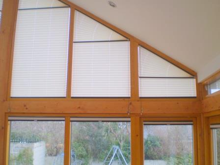 shapedangled pleated blinds