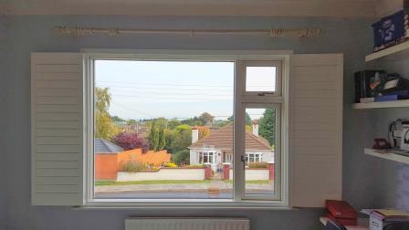 shutters open in stilloragn