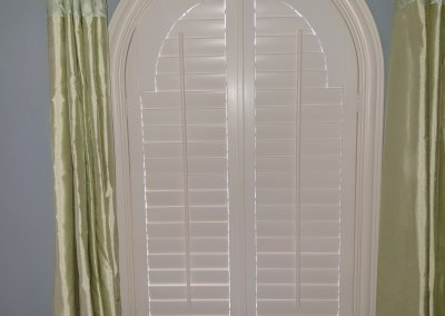 Arched Bedroom Shutter