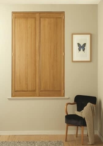 SOLID WOOD PANEL SHUTTER